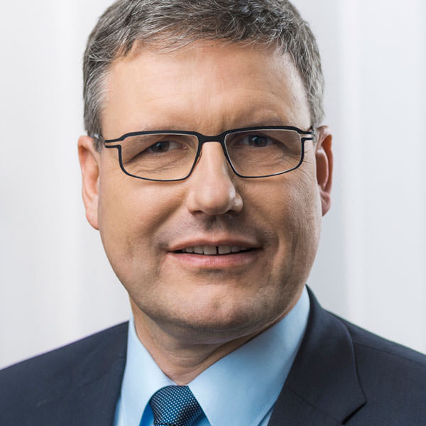 Dr. Jörg May